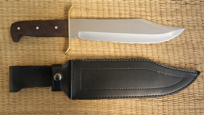 Dundee Bowie and Sheath